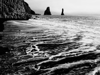 Needles of Rock – Reynisdrangar 2/2