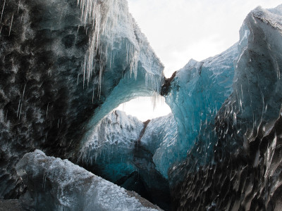 Colliding Ice caves