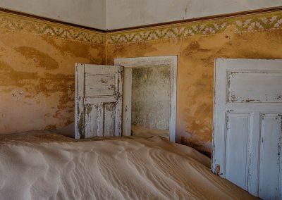 XSMP_20130929_7241_This_Door_Is_Never_Closed