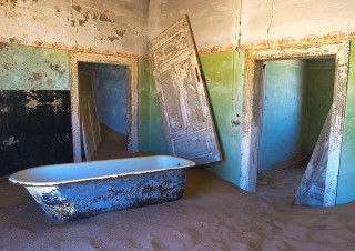 Bathroom at Kolmanskop